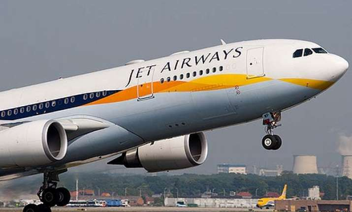 bomb threat to jet airways flight via tweet