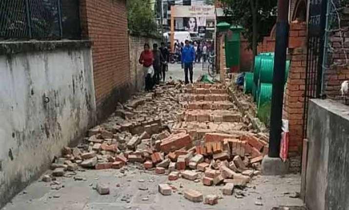 17 dead in india as powerful quake jolts nepal again