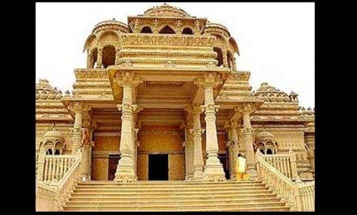 rs 109 crore hindu temple opens in london