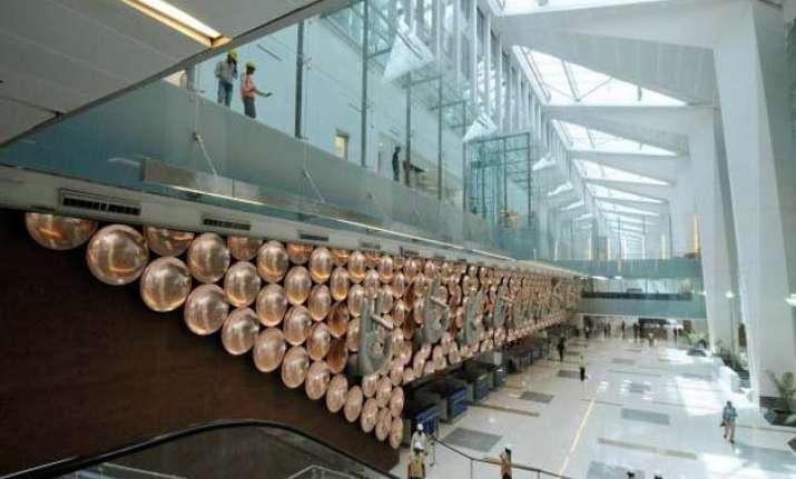 delhi airport bags golden peacock national quality award
