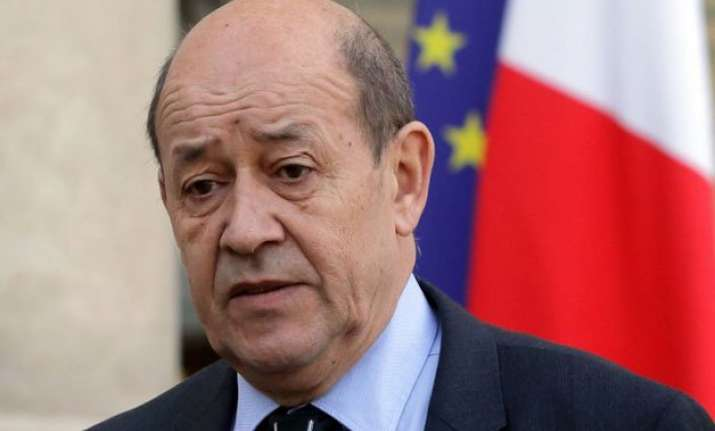 french defence minister meets parrikar to push rafale deal