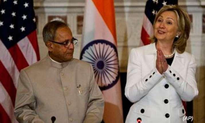 pranab mukherjee meets hillary clinton