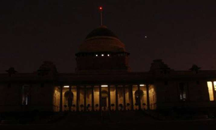 earth hour rashtrapati bhavan cst iaf stations switched off