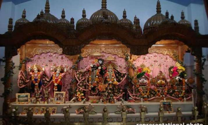 a hindu temple comes up in mathura with the help of muslim