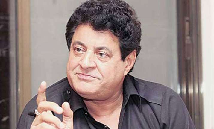 gajendra chauhan expected to take charge as ftii chief today