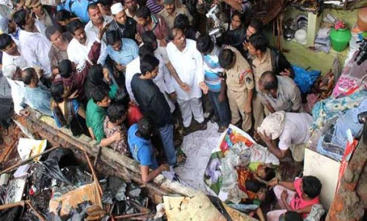 two children killed in wall collapse in hyderabad