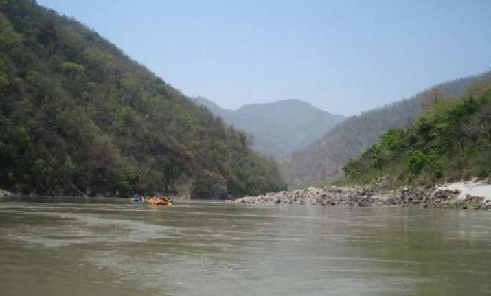 cleansing ganga govt to focus on polluting drainage systems