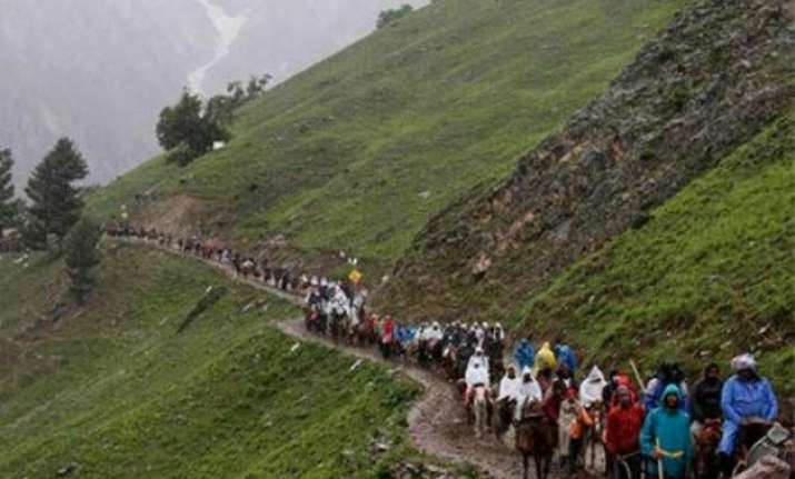 fresh batch of 47 pilgrims leaves for amarnath