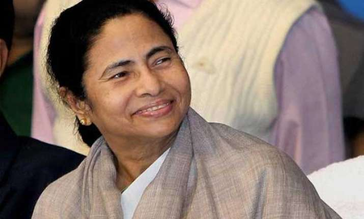 mamata thanks facebook friends for one million likes