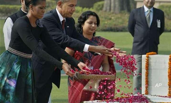 obama presents king memorabilia to rajghat