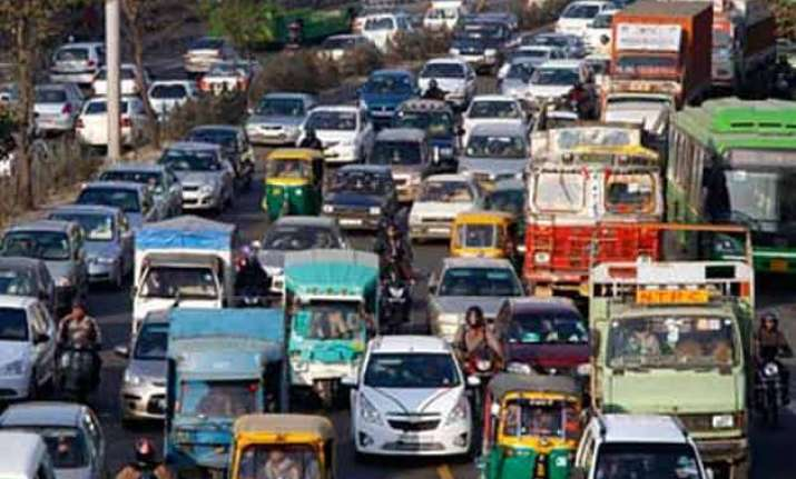 transporters to protest against ban on old vehicles in delhi