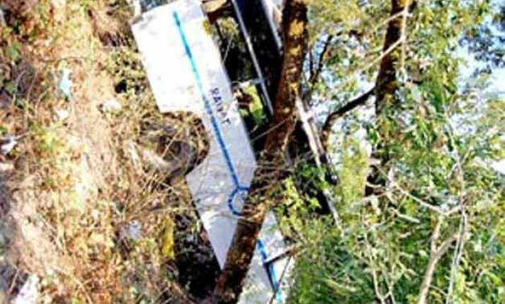20 die in jammu road accident