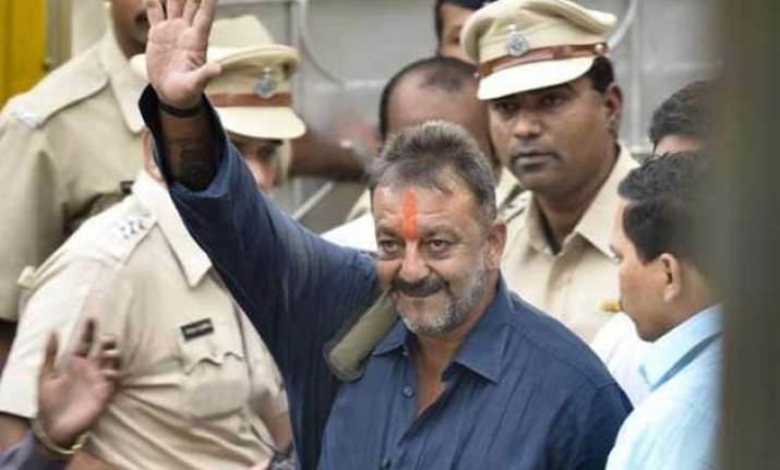 bombay hc adjourns hearing on pil challenging sanjay dutt s