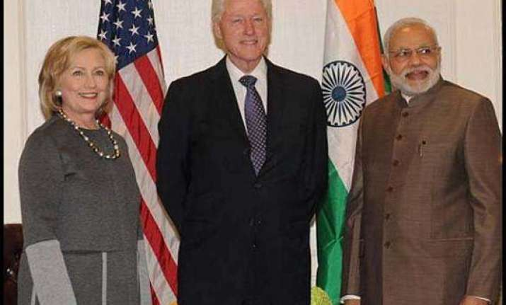 hillary clinton praises modi s focus on sanitation