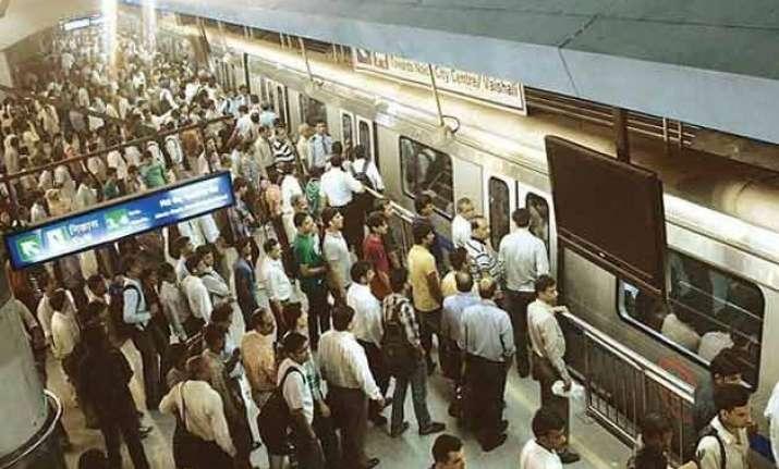delhi metro records highest ridership on a monday