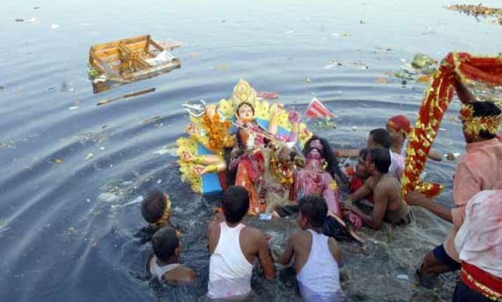 with idol immersion durga puja ends in bengal