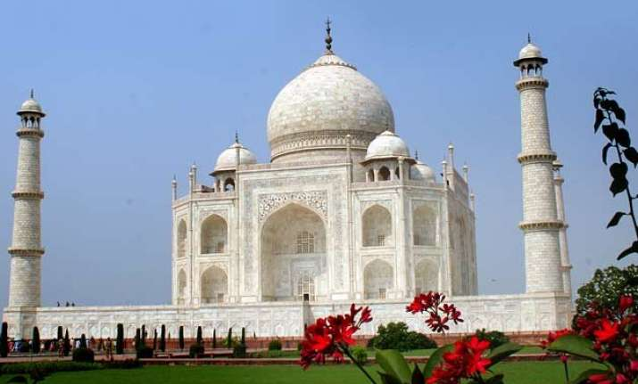 taj mahal vulnerable to pollution no study on other