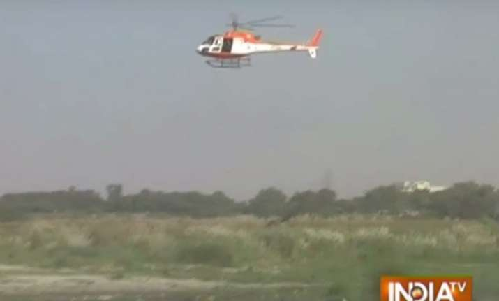 delhi police uses choppers to monitor durga puja immersions