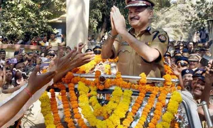datta padsalgikar to succeed ahmed javed as mumbai police