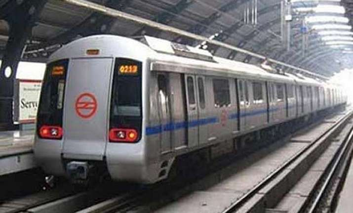 delhi metro to remain closed till 2.30 pm on holi
