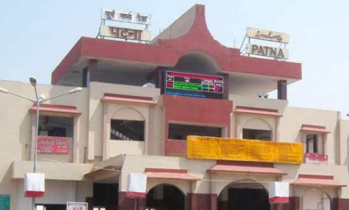 patna metro project to follow ppp model
