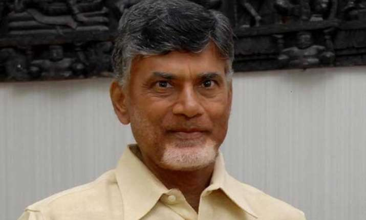 bus mishap ap cm announces ex gratia of rs 5 lakh to