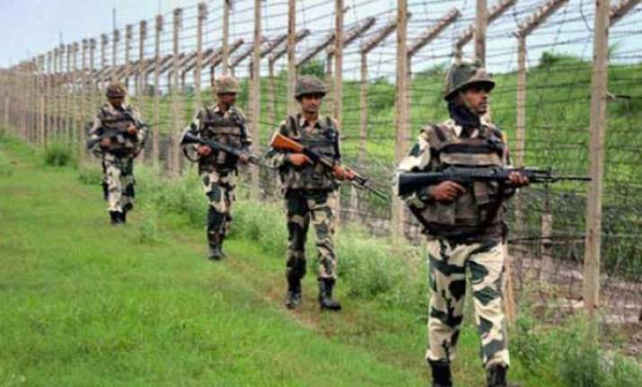 pakistan violates ceasefire in jammu region one civilian