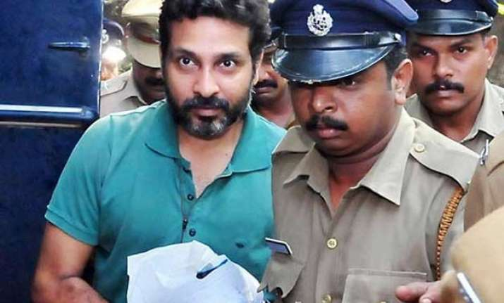 hummer lynching court finds multi millionaire kerala bidi