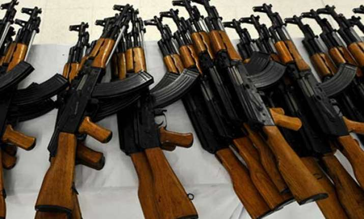 kashmir minister s guard flees with two ak 47 rifles