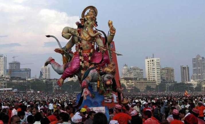 mumbai bids emotional adieu to lord ganesha