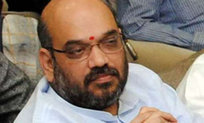 sc tells amit shah to leave gujarat by sunday
