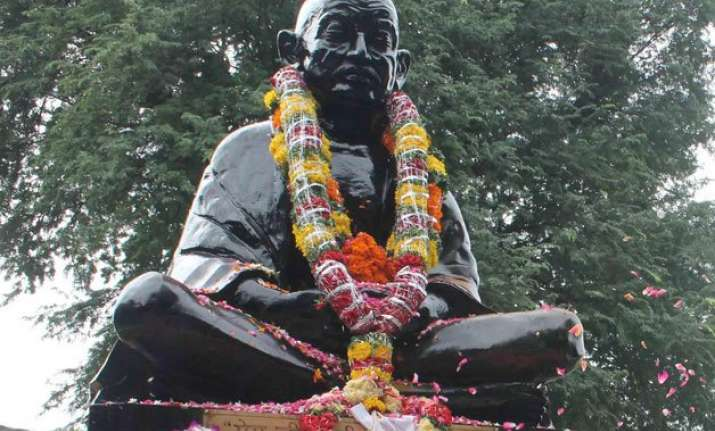 nation pays homage to mahatma gandhi on 146th birth