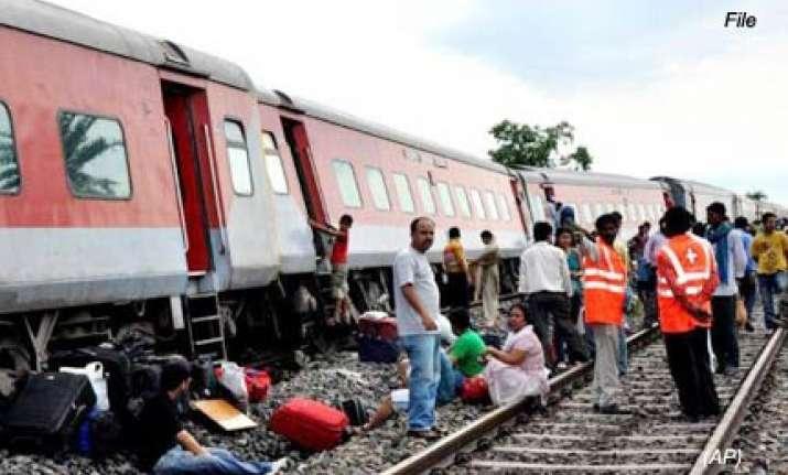rajdhani derails near kolkata all passengers safe