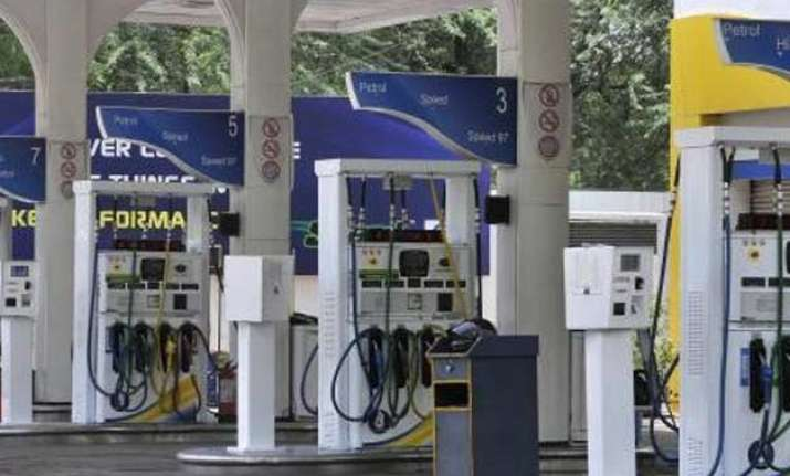 petrol pumps to observe 15 minute blackout today