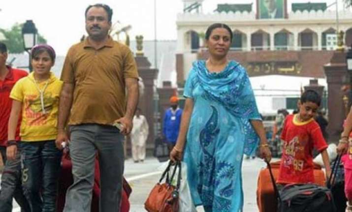 hindu sindhis from pakistan to get elusive indian