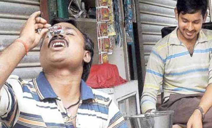 gutka sale to be non bailable offence in maharashtra
