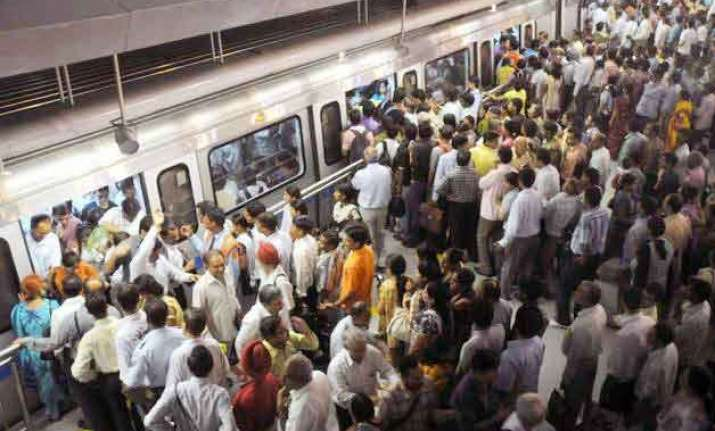 rise of 140 percent in crimes in delhi metro from 2013 to