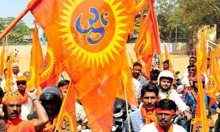 vhp ngo asks police to allow pak hindus to stay in jaisalmer