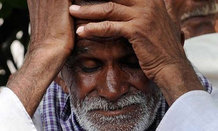 farmer commits suicide in saharanpur due to damage to crops