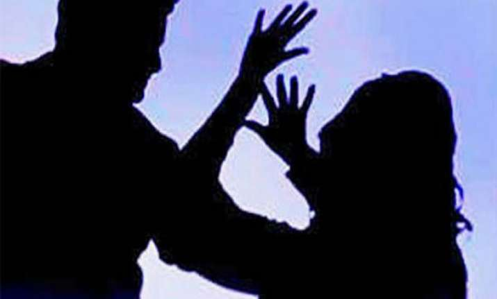 delhi woman accuses iaf clerk of raping her on pretext of