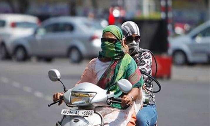 heat wave leaves 43 dead in telangana andhra pradesh