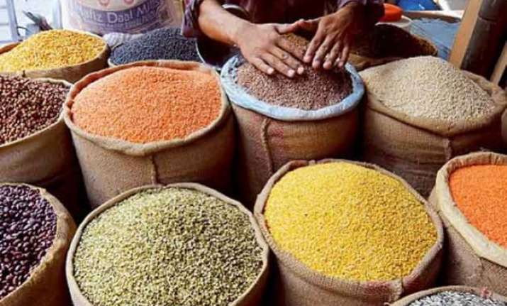why tur dal is rs 200/kg and why it will be as much in 2016