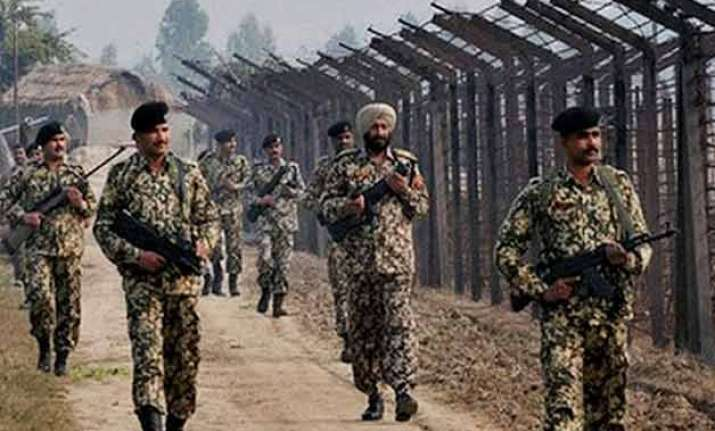 pakistan violates ceasefire along ib in samba