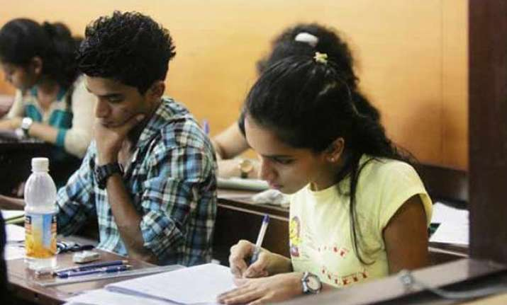 aspirants for jee falls interest in engineering fading away