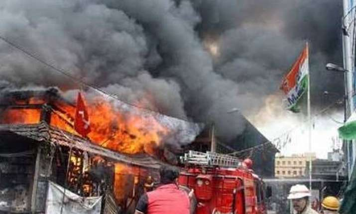 fire in kolkata s heritage new market