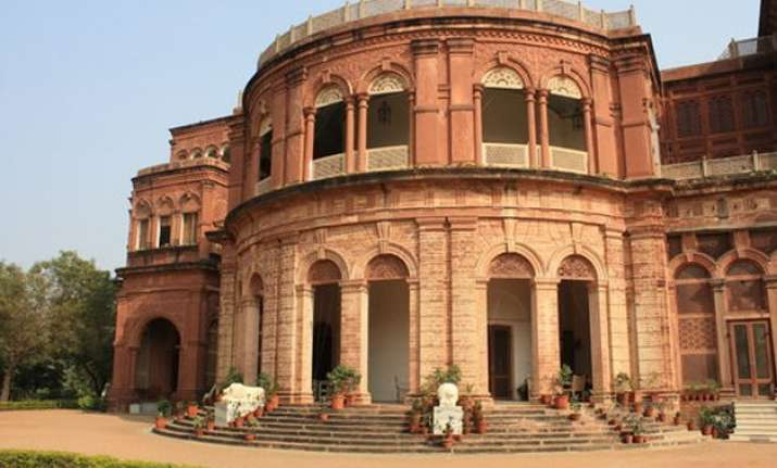 know more about dholpur palace