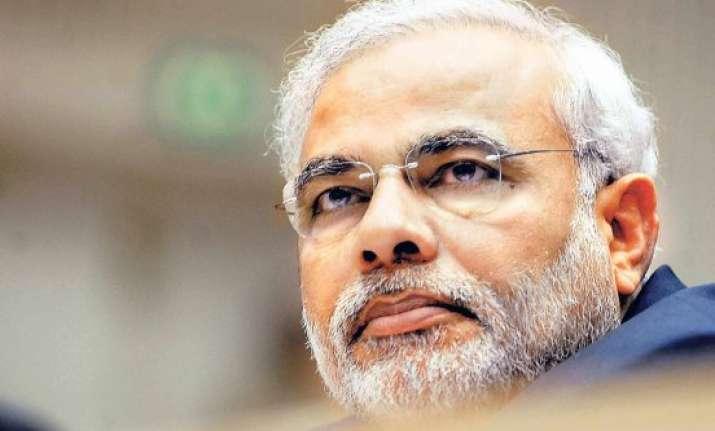 narendra modi buy khadi to help the poor