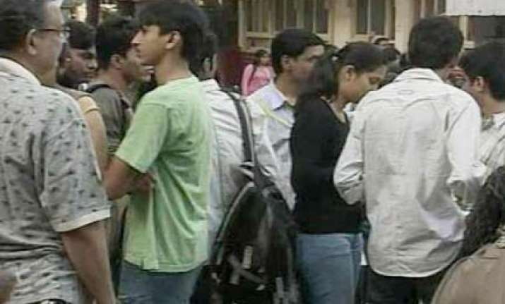 online cat for admission to iims today