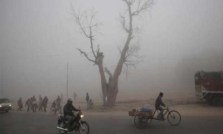 fog returns to up adds to winter chill cripples transport