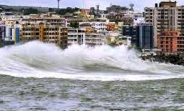 odisha govt steps up relief and restoration after hudhud